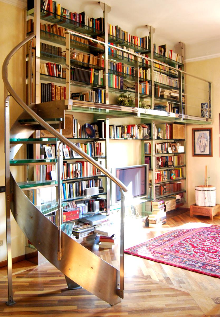 Libreria con scala - Atelier Chiesa